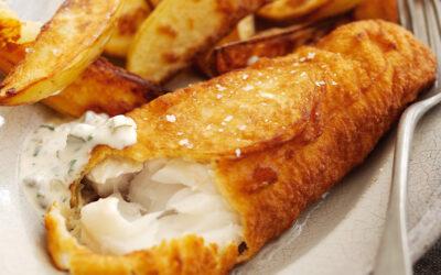 Filé de Bacalhau do Alasca empanado com batata chips